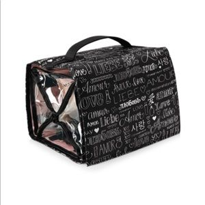 ✨NEW✨ Discover What You Love® Travel-Roll Up Bag